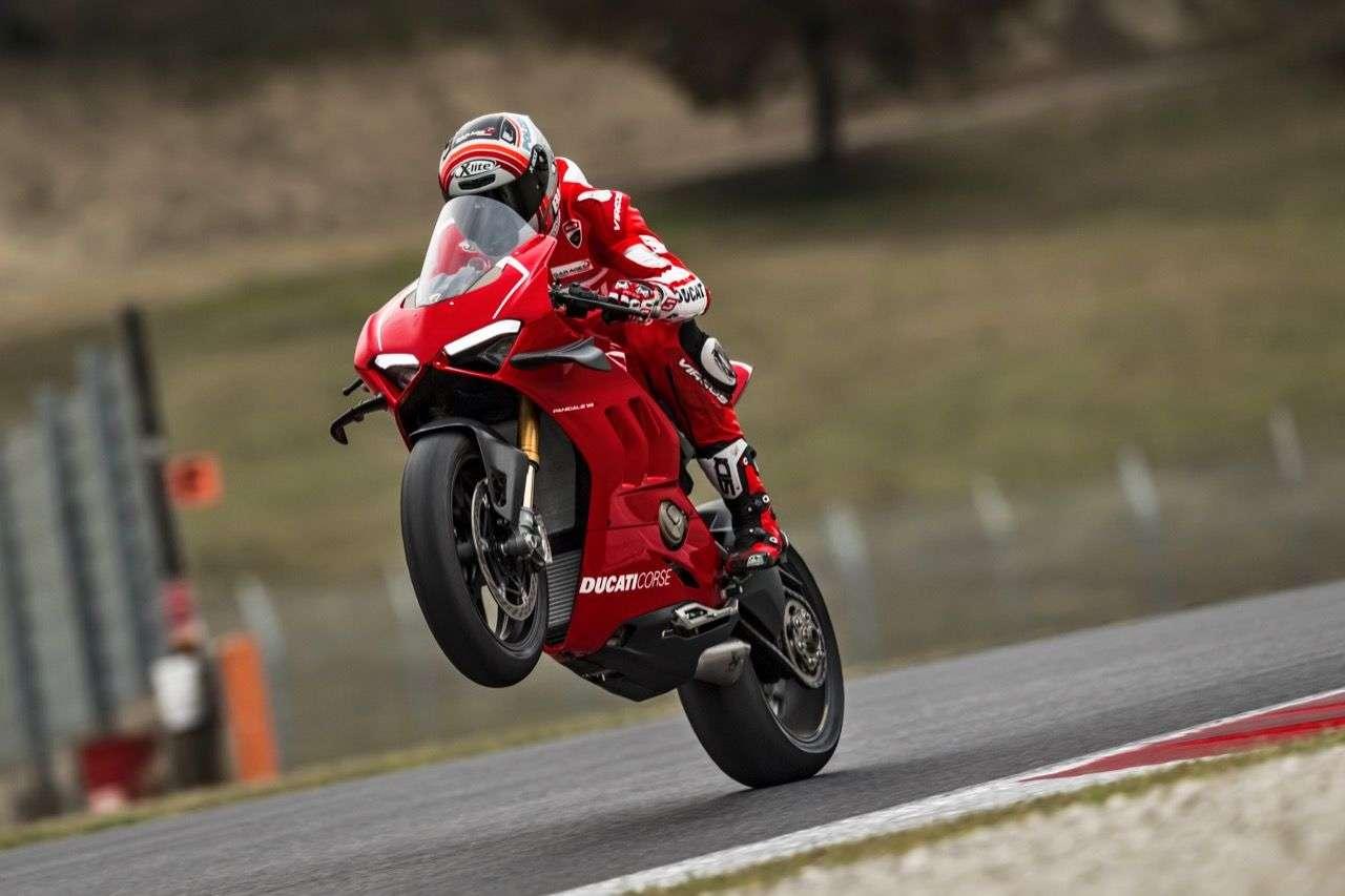 Ducati Panigale V4 R: Mit 221 PS die stärkste Straßen-Ducati aller Zeiten!