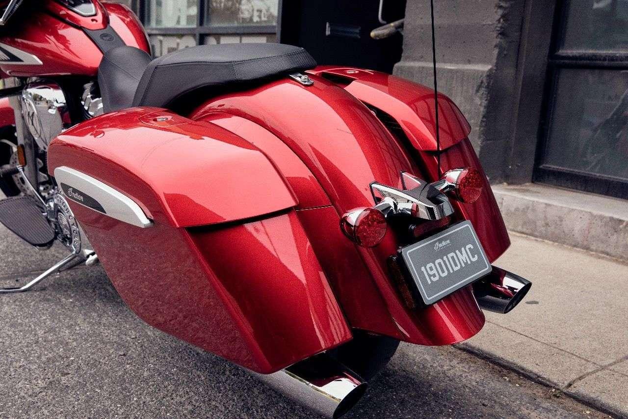 Auch die Heckleuchteneinheit der Indian Chieftain 2019 ist neu – und orientiert sich ganz klar an Harleys großen Baggern.
