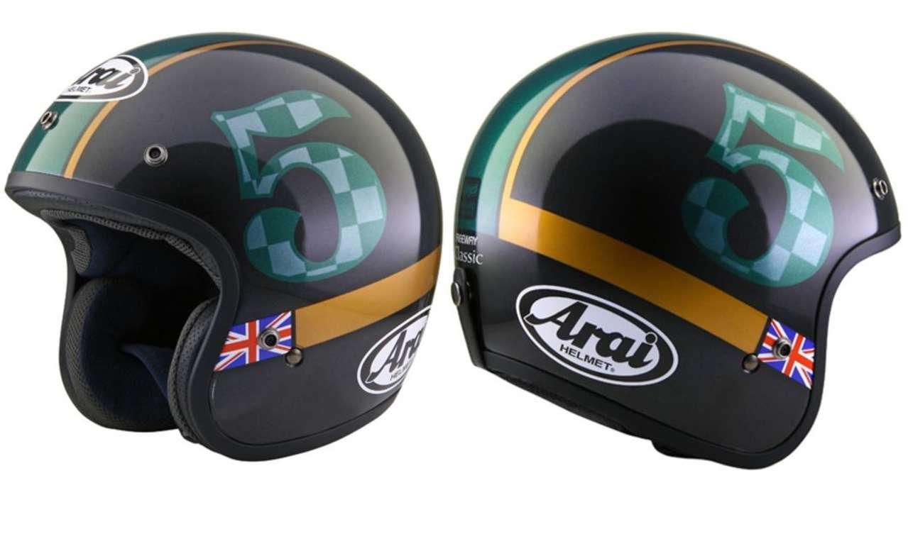 Arai Freeway Classic Union: K.OT ist in seine Triumph Bobber Black verliebt und jetzt auch in diesen Helm im britischen Stil.