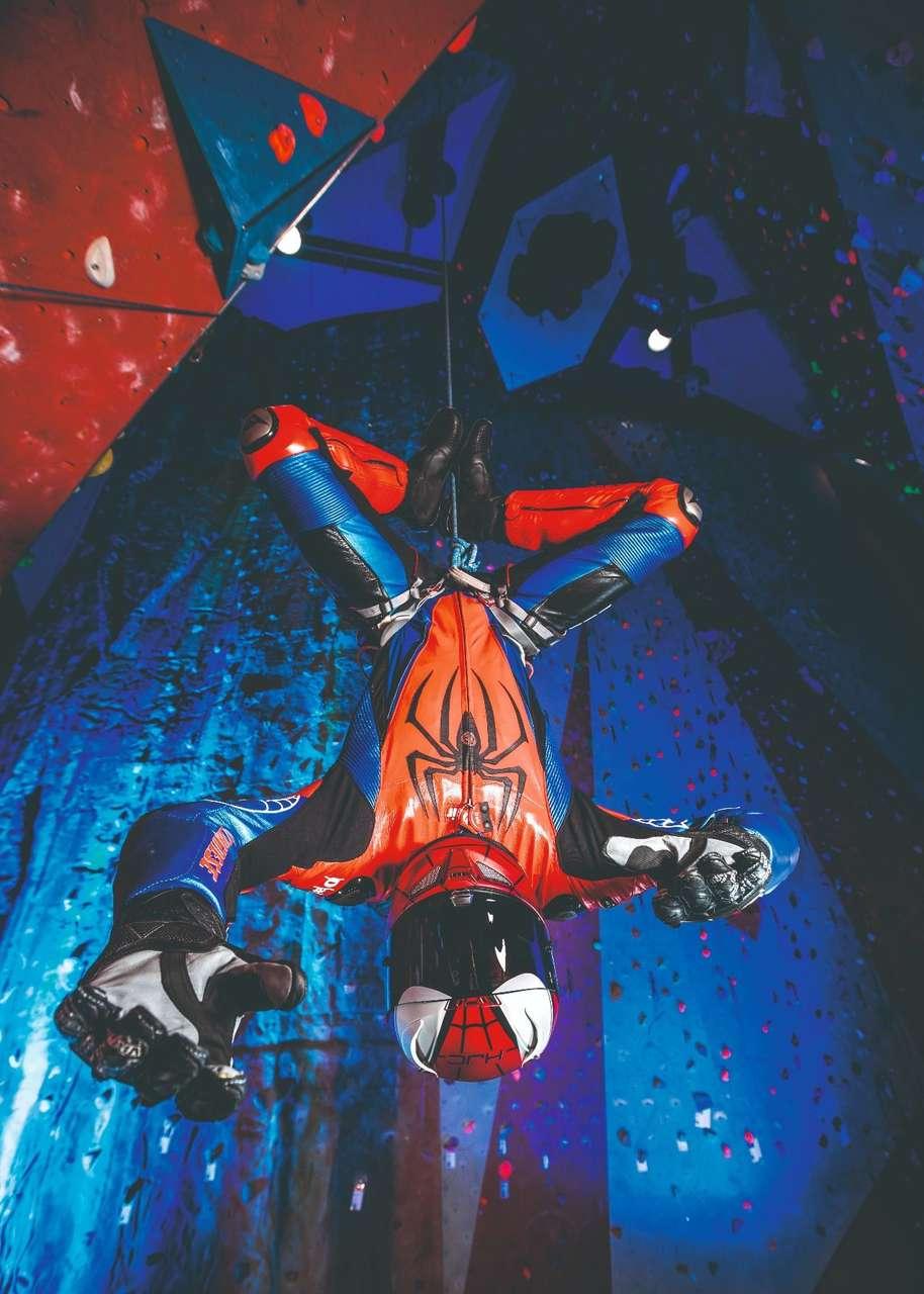 Da wäre der Spinnenmann gewiss froh, wenn er im Notfall auch auf einen Airbag vertrauen könnte.