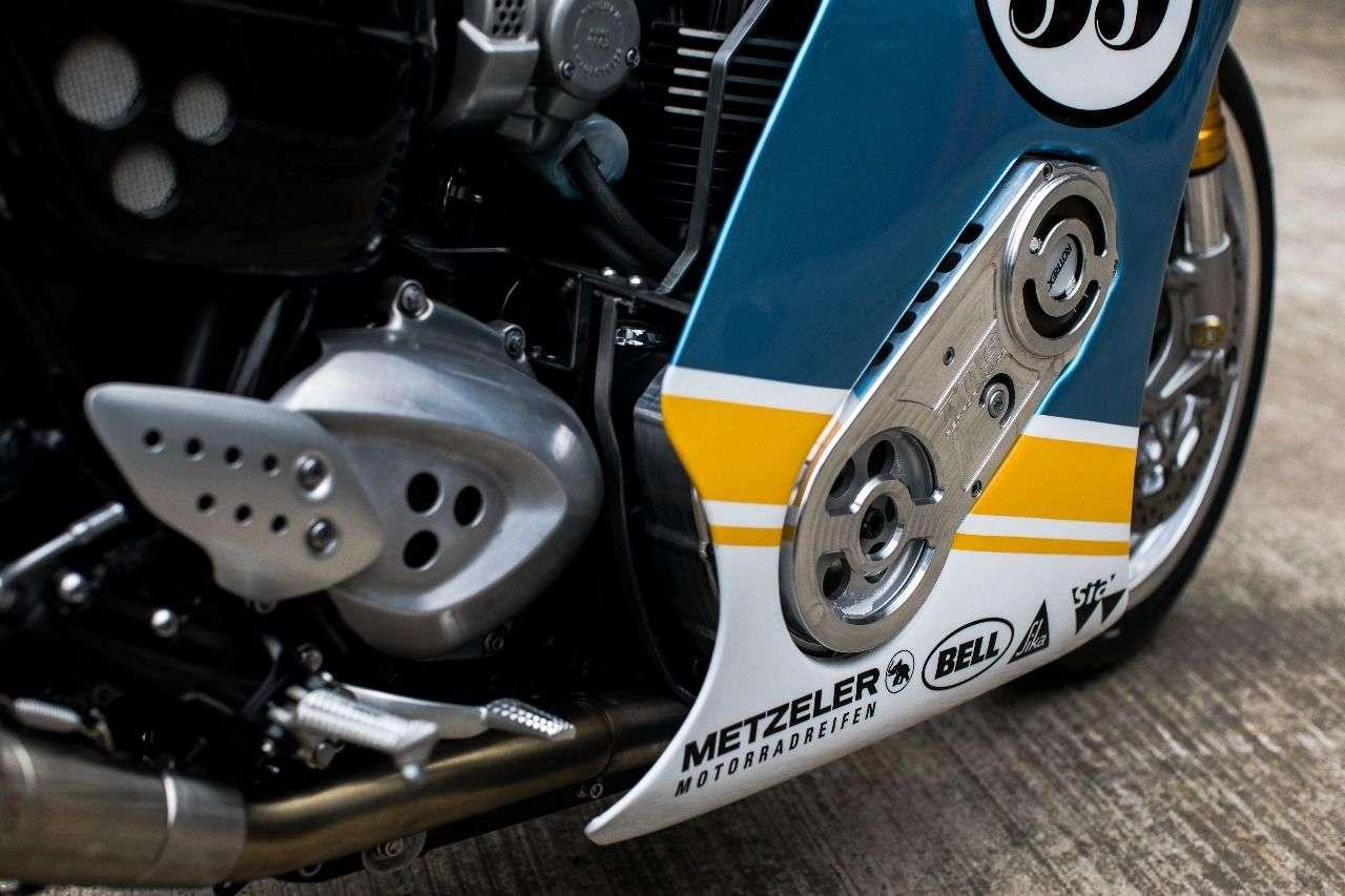 So schön wurde ein Kompressor wohl noch nicht in ein verkleidetes Motorrad integriert.