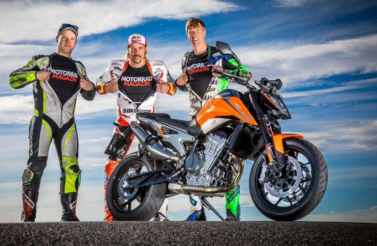 Das Herz auf dem rechten Fleck - und das Motorradmagazin-Logo sowieso. Wir glauben fest an unser starkes Team.