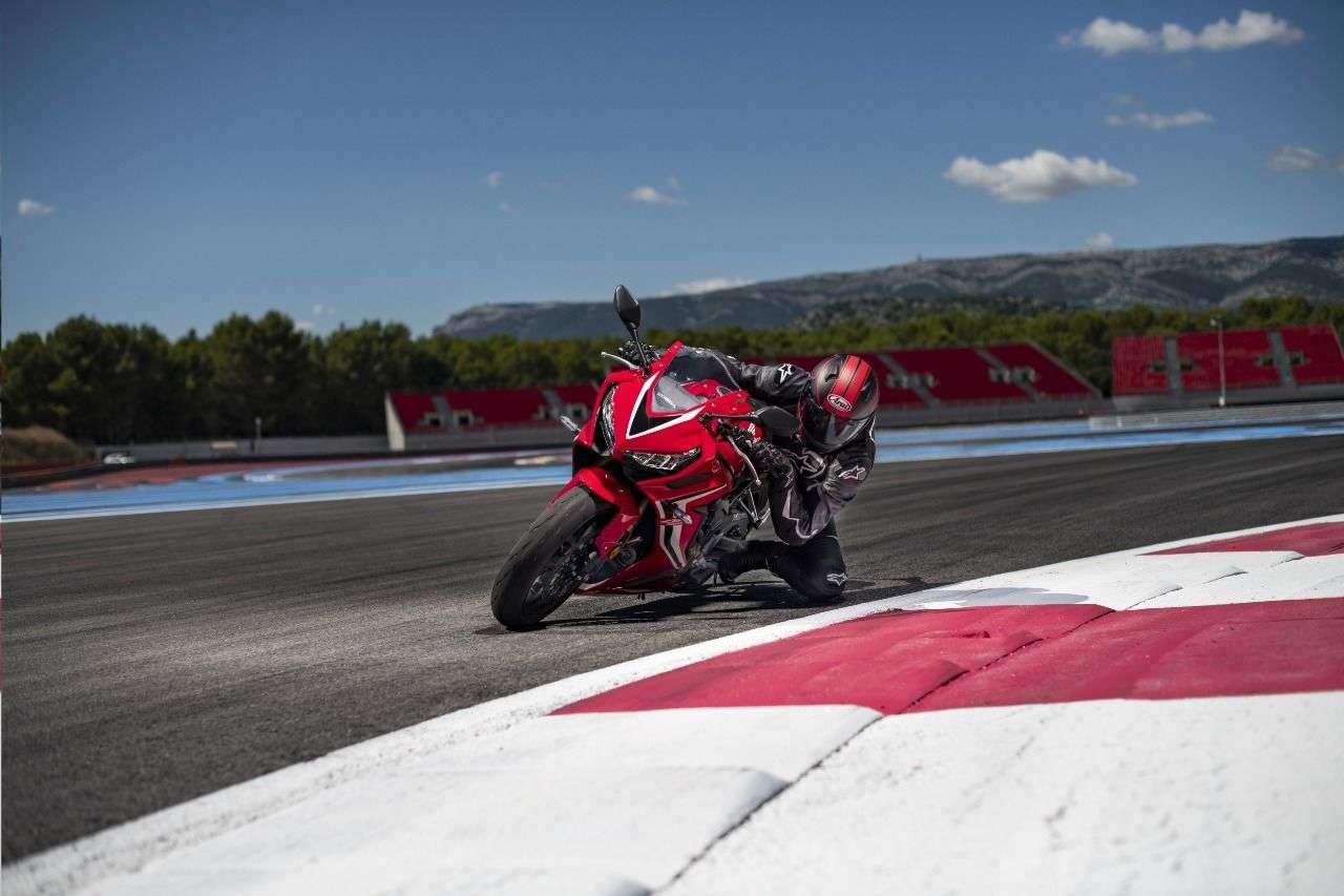 Beim SpeedCamp für Probefahrten vor Ort: die neue Honda CBR650R!