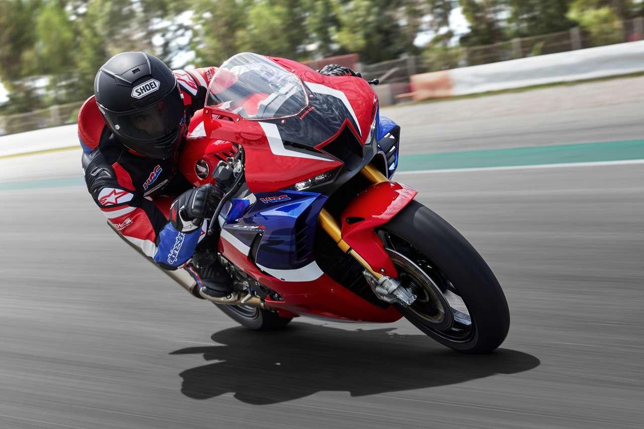 Beim SpeedCamp für Probefahrten vor Ort: die neue Honda CBR1000RR-R Fireblade!