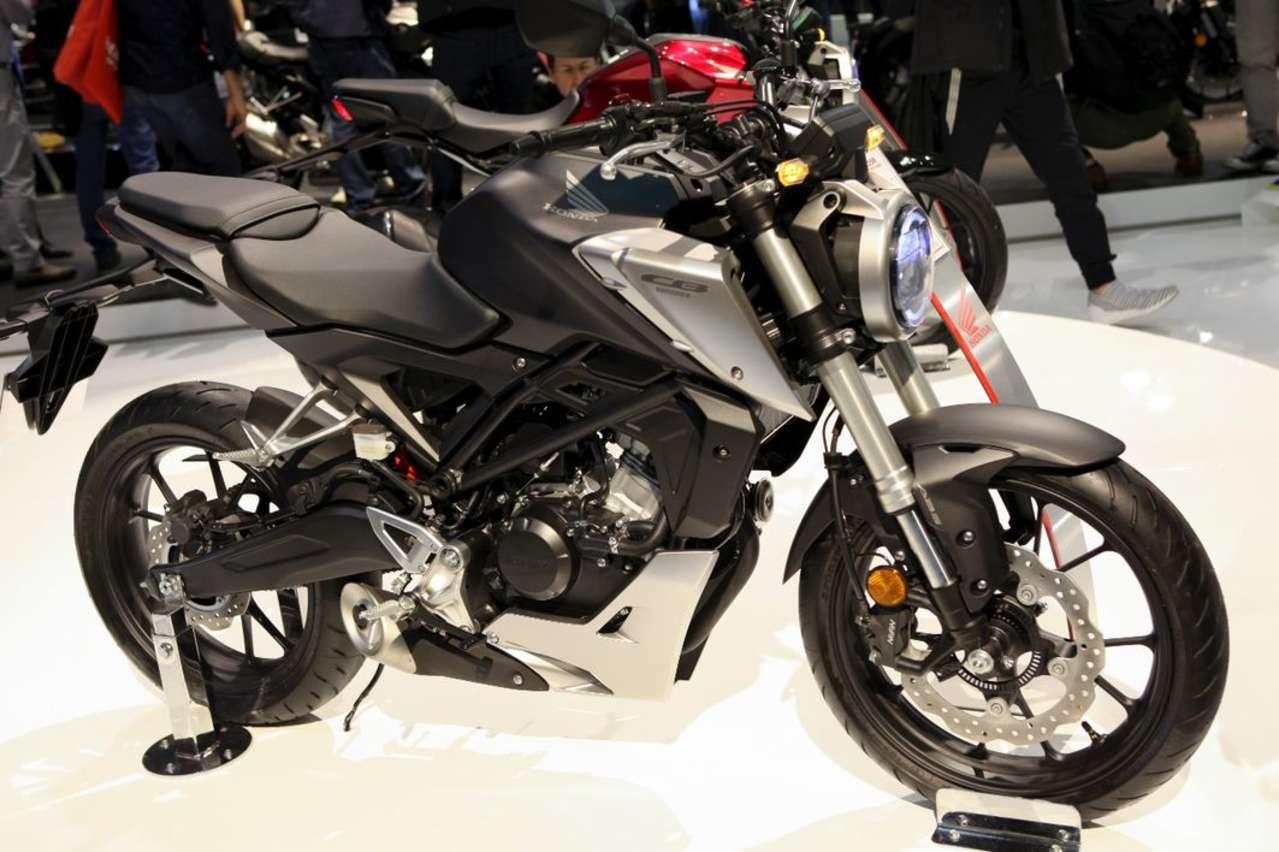 Honda CB125R/CB300R: Zwei edle Naked Bikes für das Einstiegssegment.