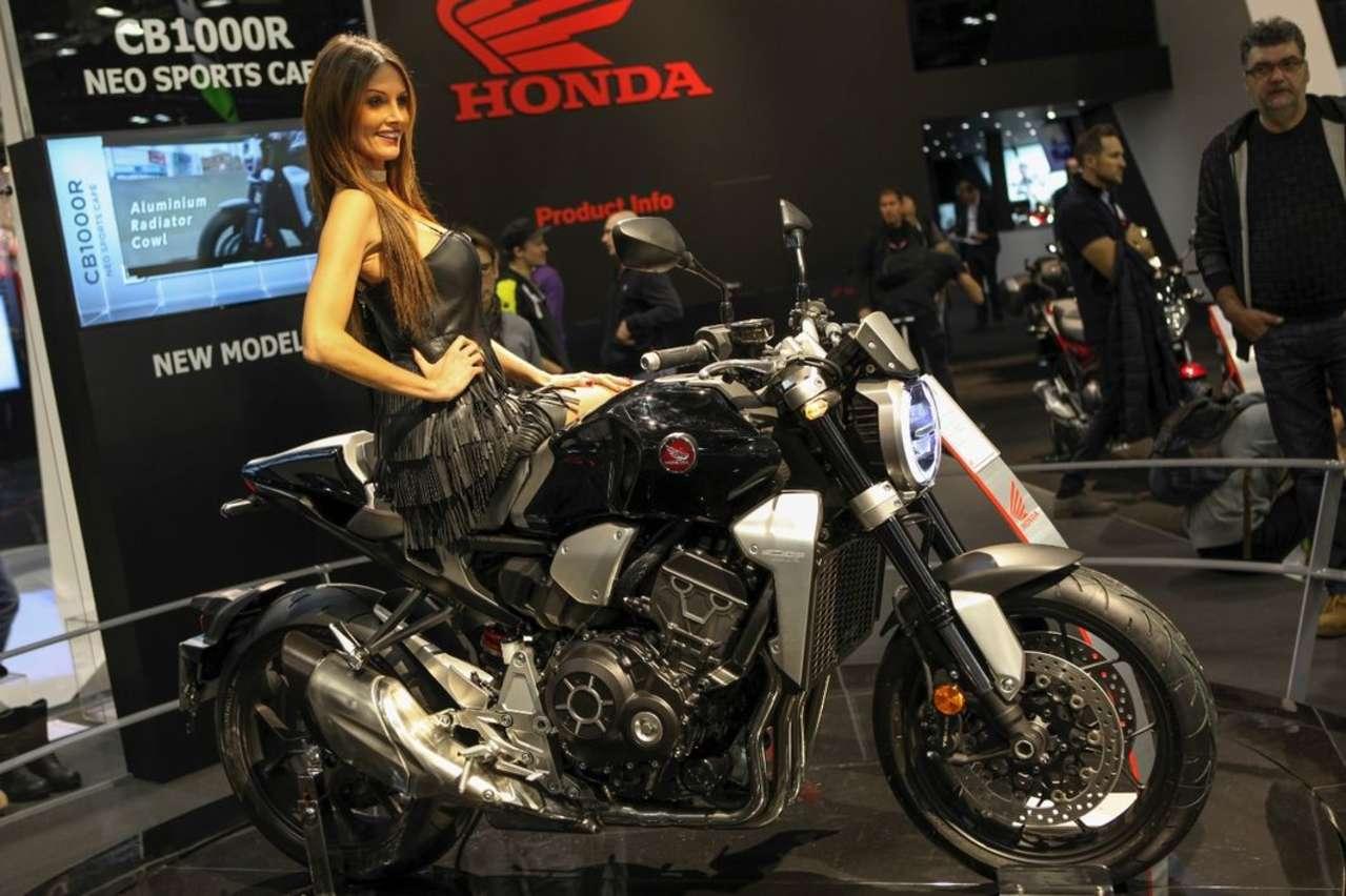 Honda CB1000R: Die Rückkehr der Tausender-CB, fescher uns stärker (145 PS) als je zuvor.
