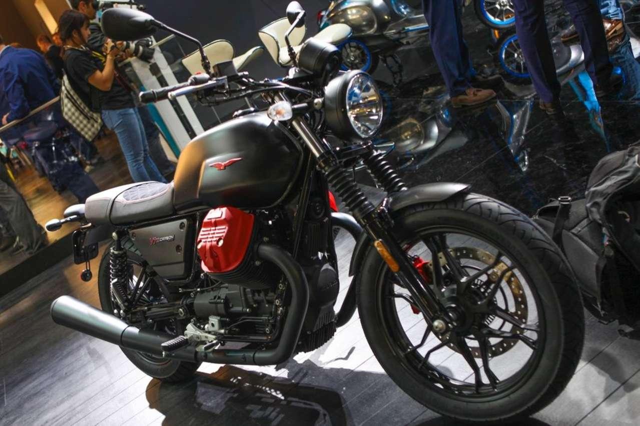 Moto Guzzi V7 III Carbon: Inspiriert von der aufsehenerregenden MGX-21.