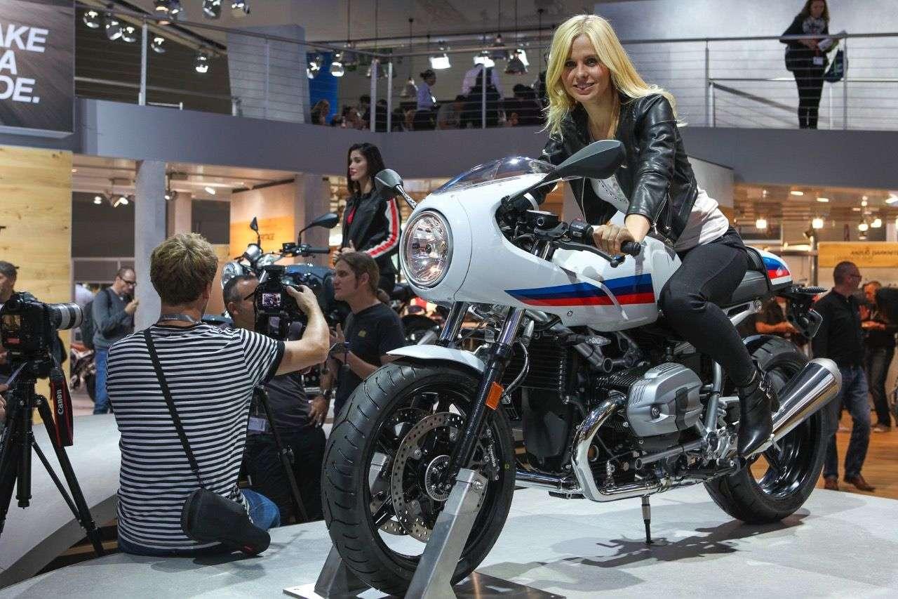 BMW R nineT Racer.