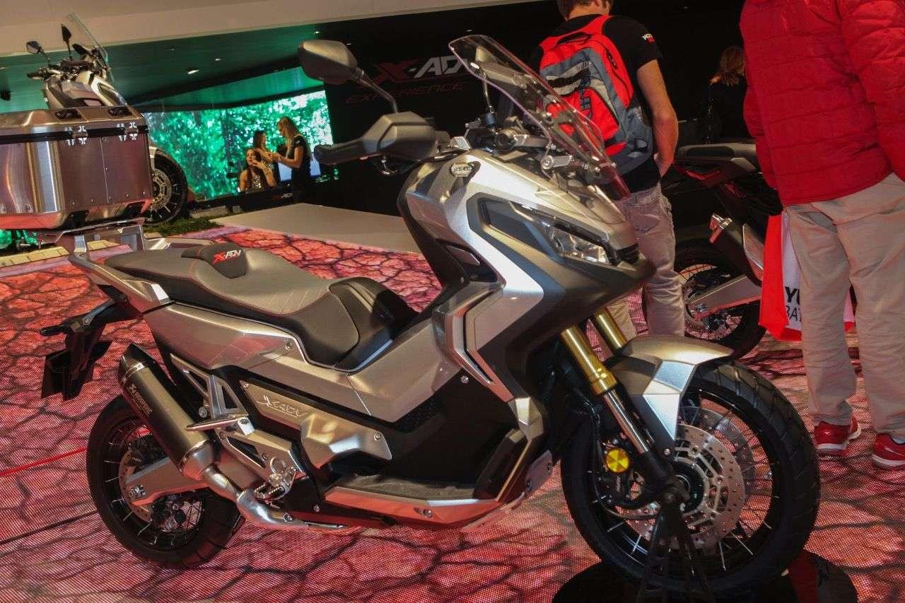 Honda X-ADV.