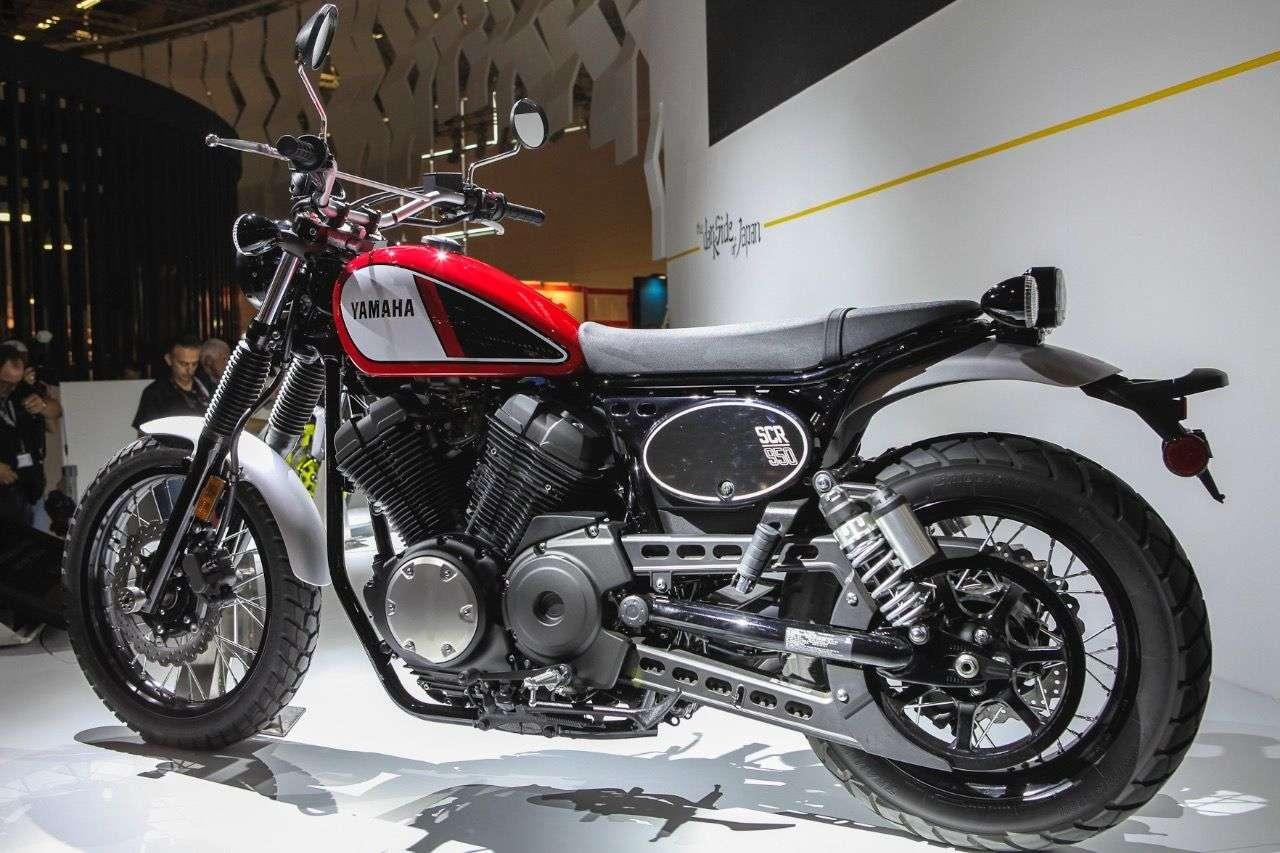 Yamaha SCR950.