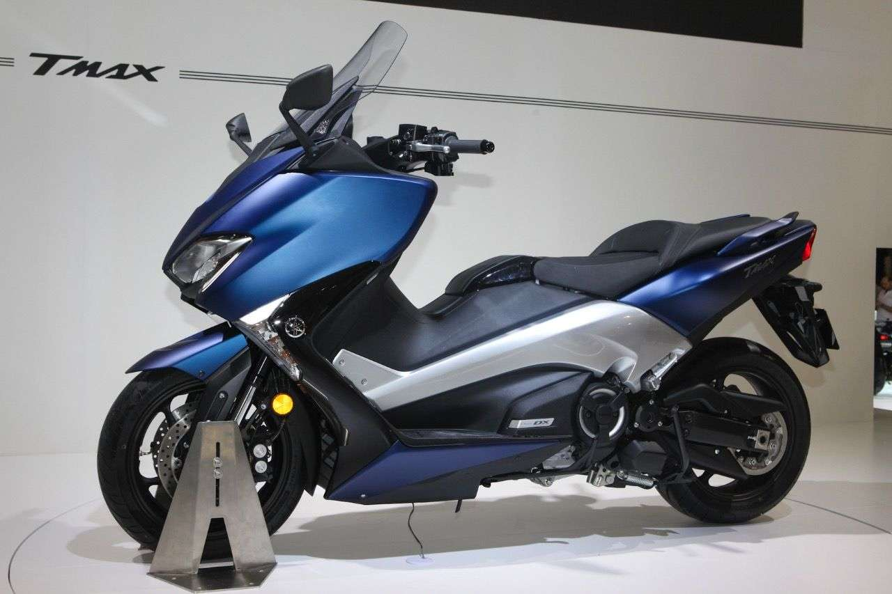 Yamaha T-MAX.