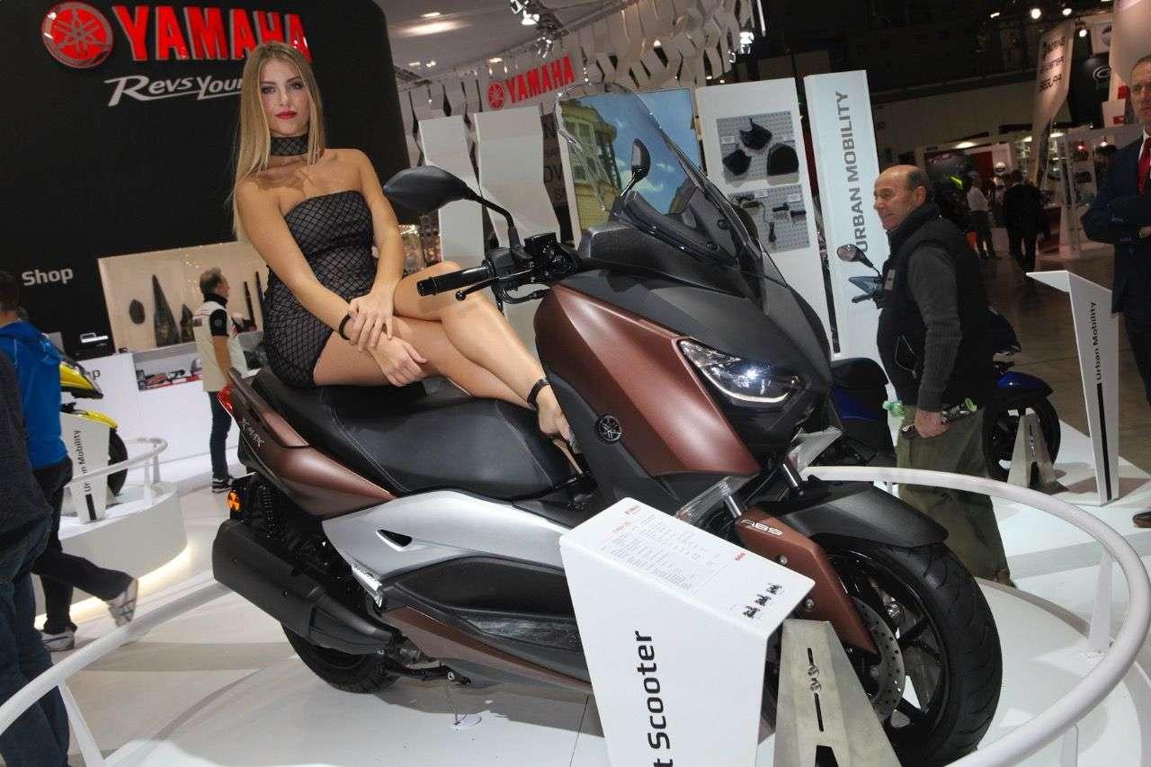 Yamaha X-MAX 300.