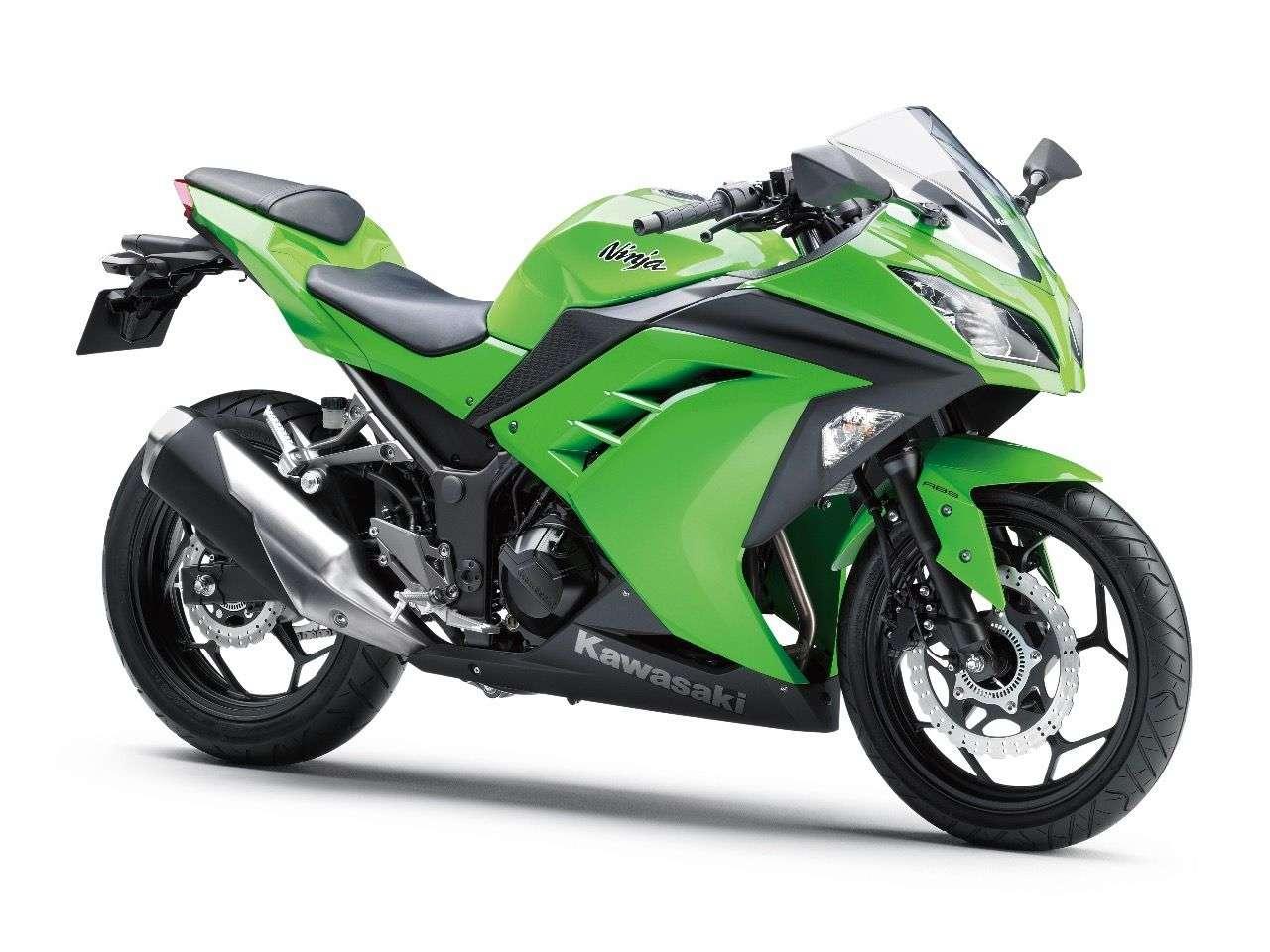 ... Kawasaki Ninja 300 ...