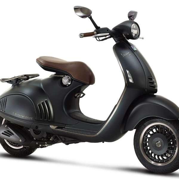 Der teuerste 125er-Roller: Vespa 946 Emporio Armani, 2015