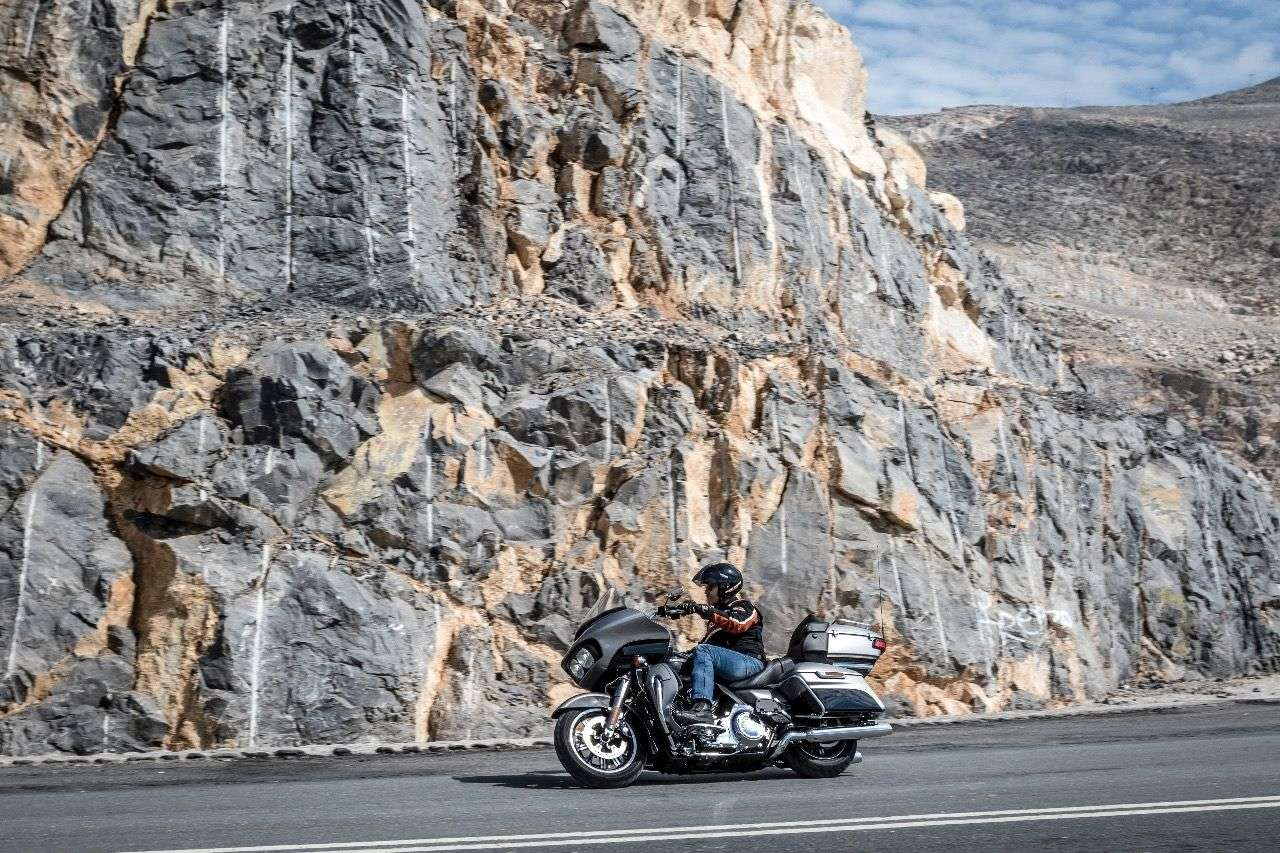 Neu für 2016: Harley-Davison Road Glide Ultra: Basis der E-Glide, Haifischnase der Road Glide Special.