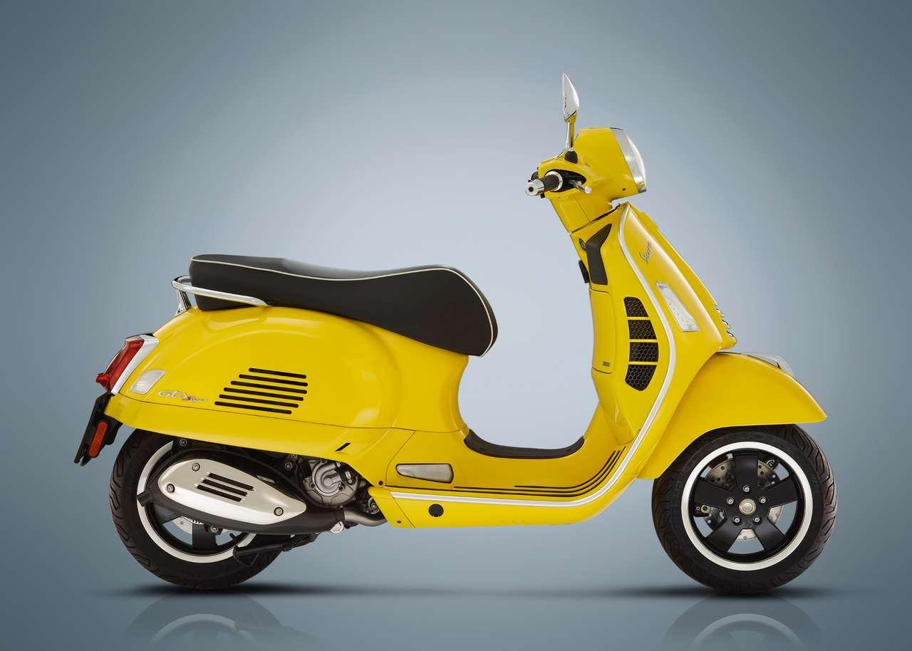 Das meistverkaufte motorisierte Zweirad Österreich, natürlich gleichzeitig der meistverkaufte Roller: Vespa GTS 300, für 2019 frisch gemacht.