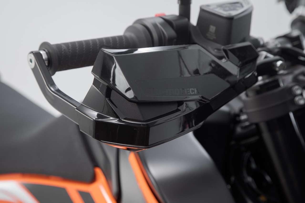 KOBRA-Handprotektoren-Kit für die KTM 790 Adventure von SW-Motech.