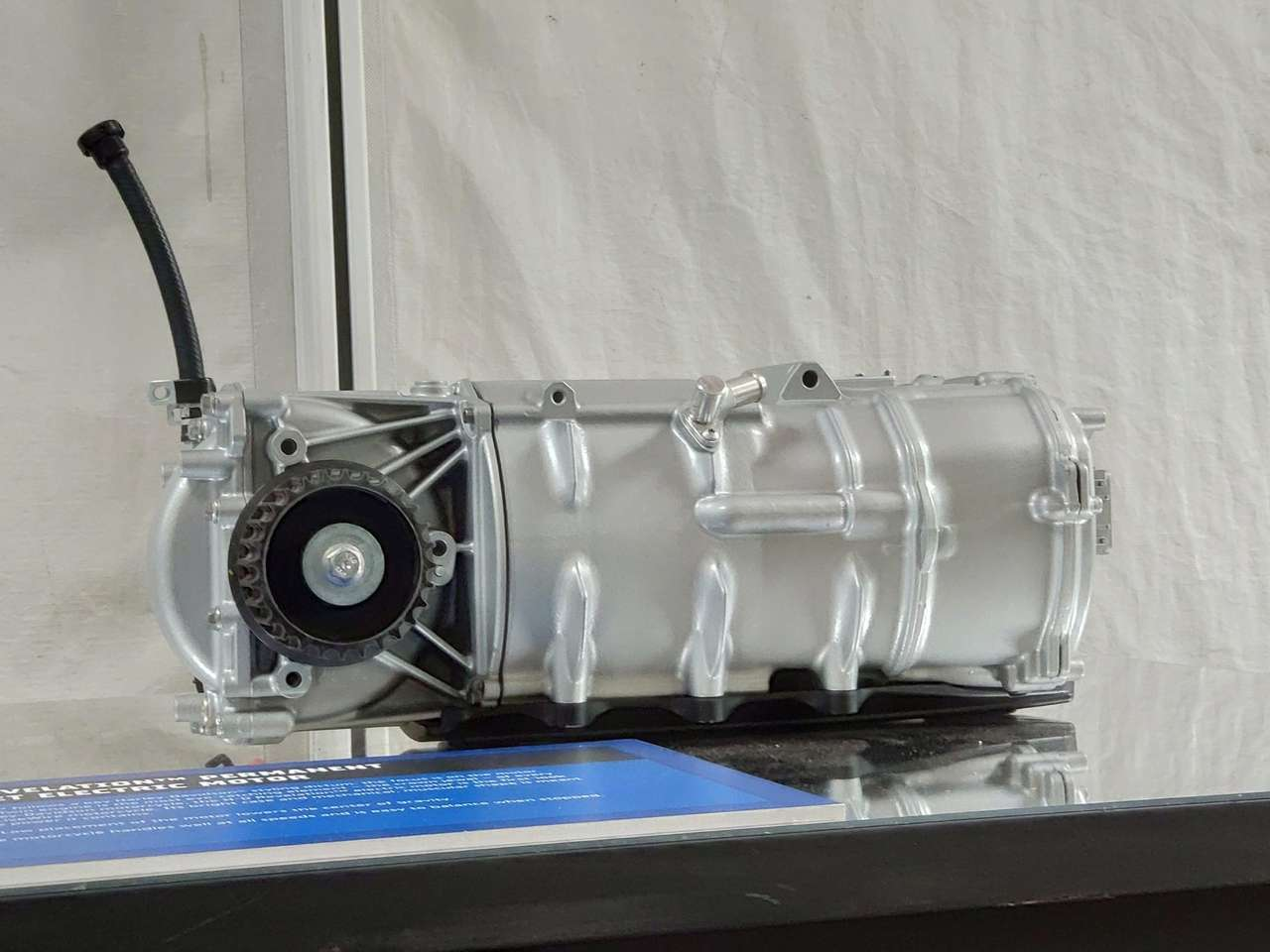Der Revelation-Antrieb leistet 106 PS und 116 Nm - jederzeit, ab 0 U/min