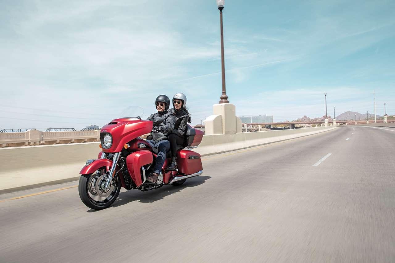 Weniger Barock: Die neue Indian Roadmaster Dark Horse 2020