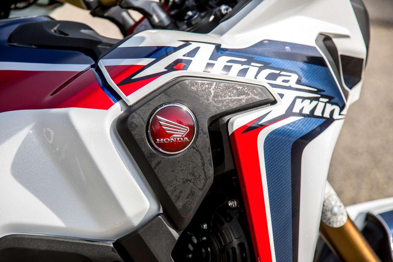Die Tricolor-Lackierung darf bei Honda nicht fehlen