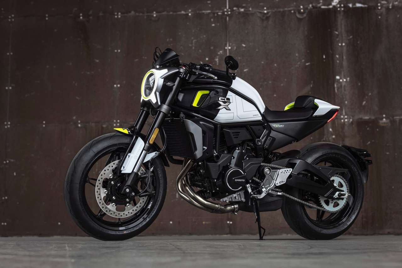 CFMOTO 700CL-X Sport