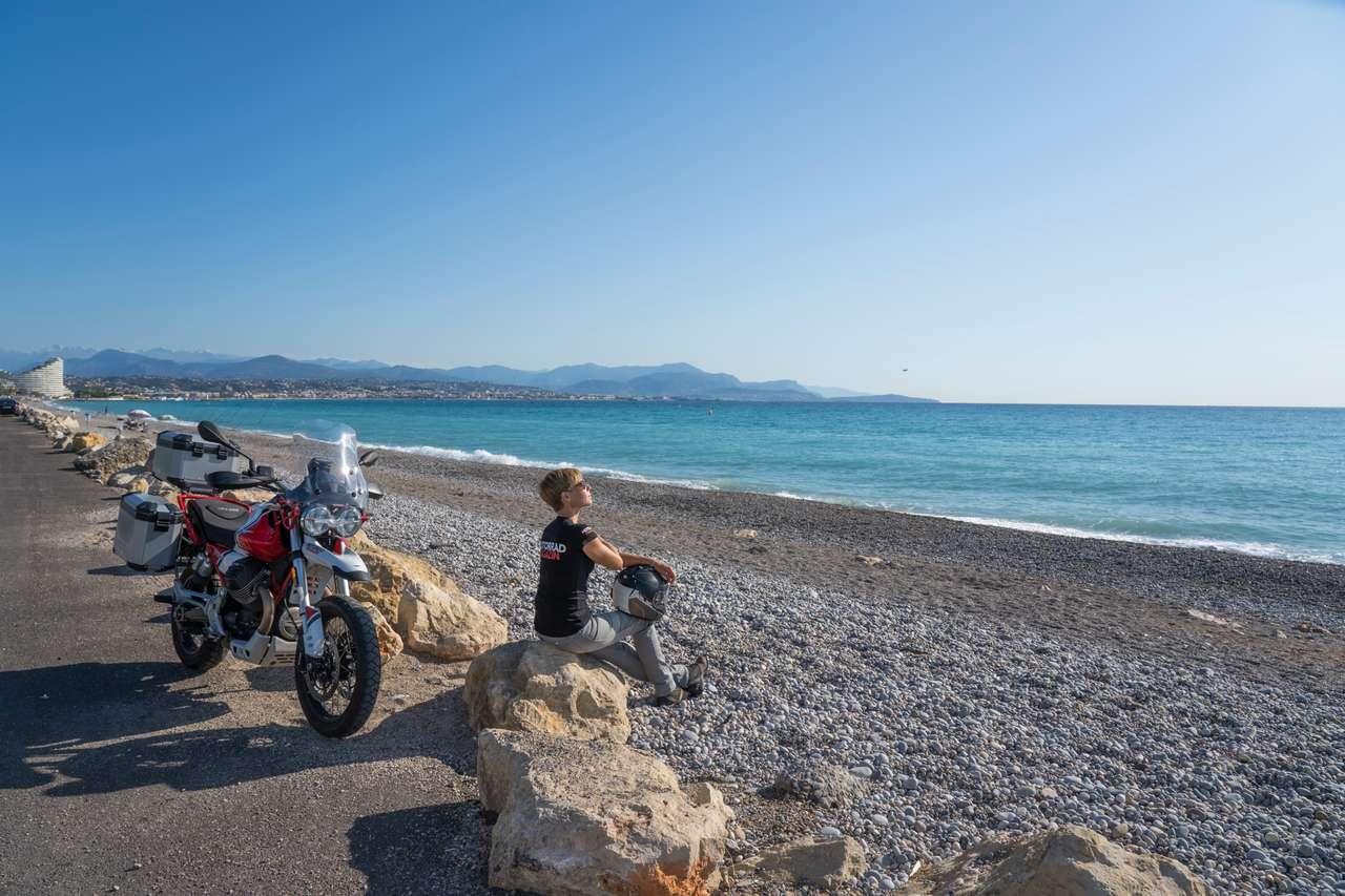 Blau, blauer, Côte d'Azur – wo Himmel und Wasser ineinander übergehen ... wenn wir einmal pathetisch sein dürfen.