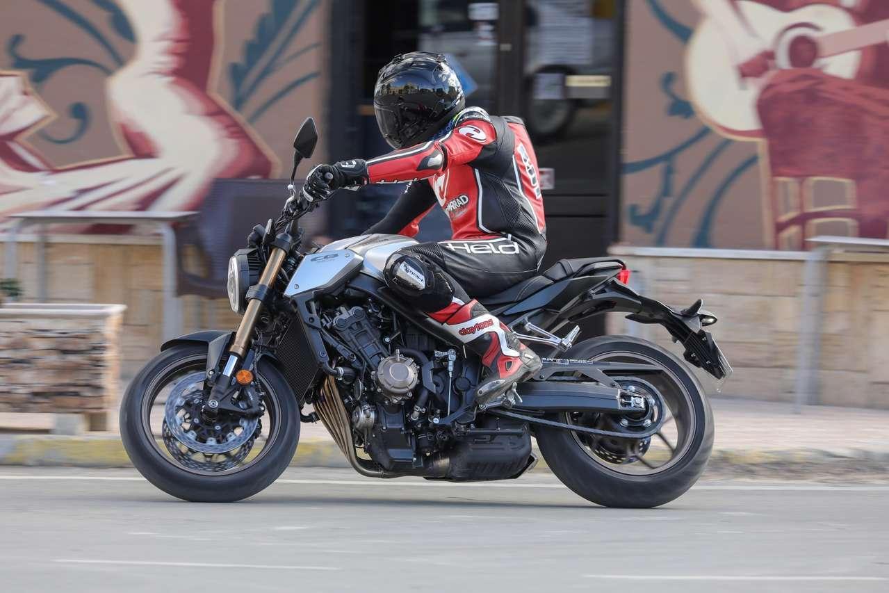 Der Hauptpreis für Österreichs sichersten Motorradfahrer 2020: eine brandneue Honda CB650R!