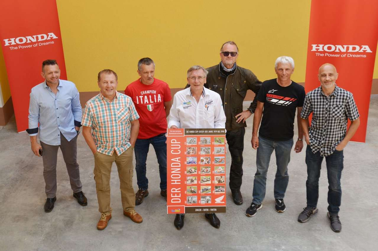 Bild V.l.: Chris Zaiser (Juniorensieger 1997), Hans Maier (Sieger 1995), Alfred Großauer (Sieger 1988), Autor Herbert Thumpser, Jürgen Schnaller (Sieger 1979), Andy Preining (Sieger 1982 und 1983), Christian Zwedorn (Sieger 1989).