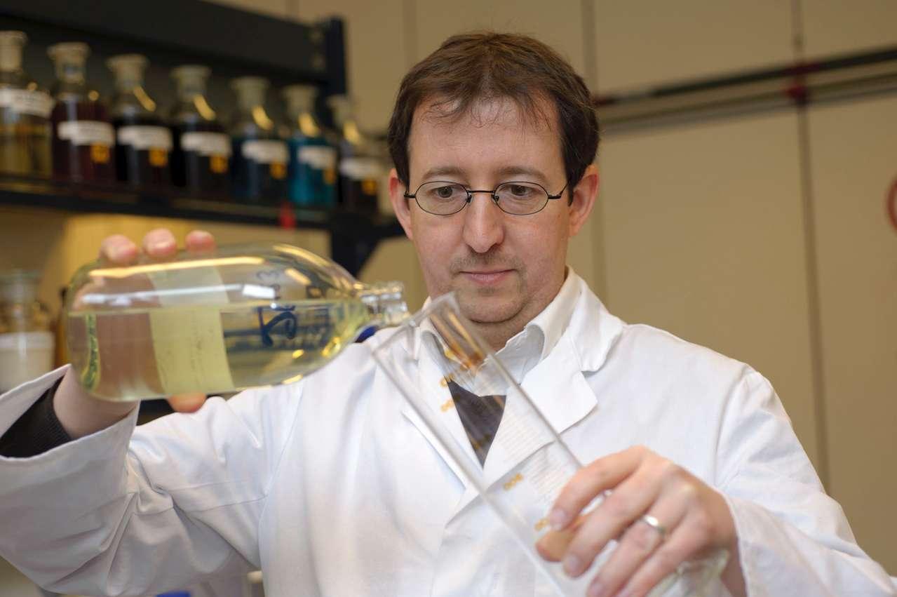 Oliver Kuhn, stellvertretender Laborleiter bei Liqui Moly. Foto: Liqui Moly GmbH