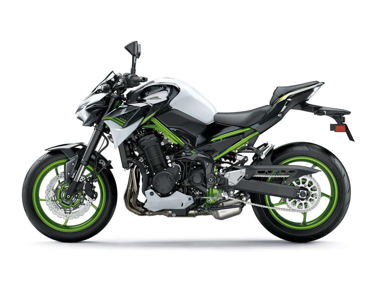 Kawasaki Z 900 2021 Pearl Blizzard White/Metallic Spark Black