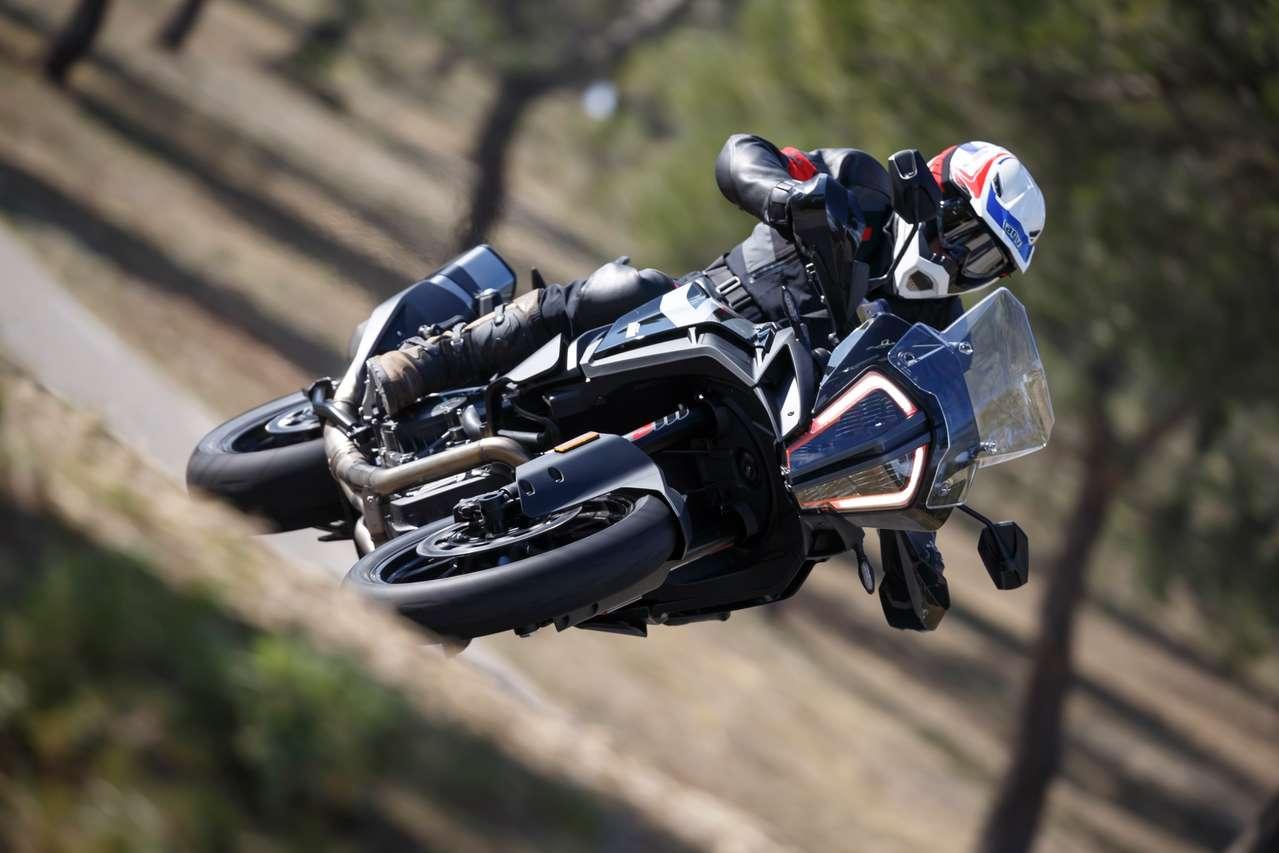 KTM 1290 Super Adventure S –die Steuer bleibt nahezu unverändert. Foto: Jörg Künstle