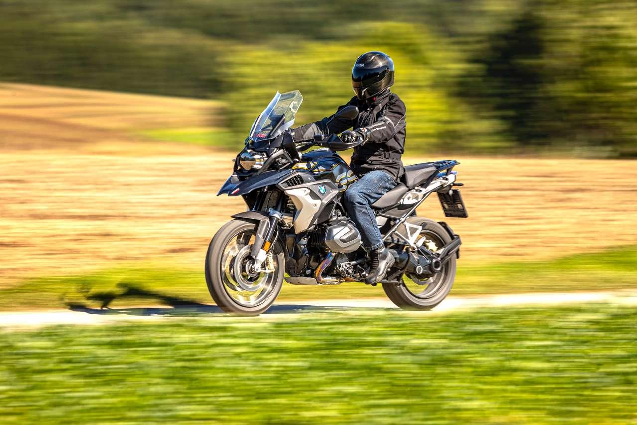 Bis zu 72 Euro Steuer-Ersparnis dank geringer CO2-Werte: BMW R 1250 GS. Foto: Kurt Pinter