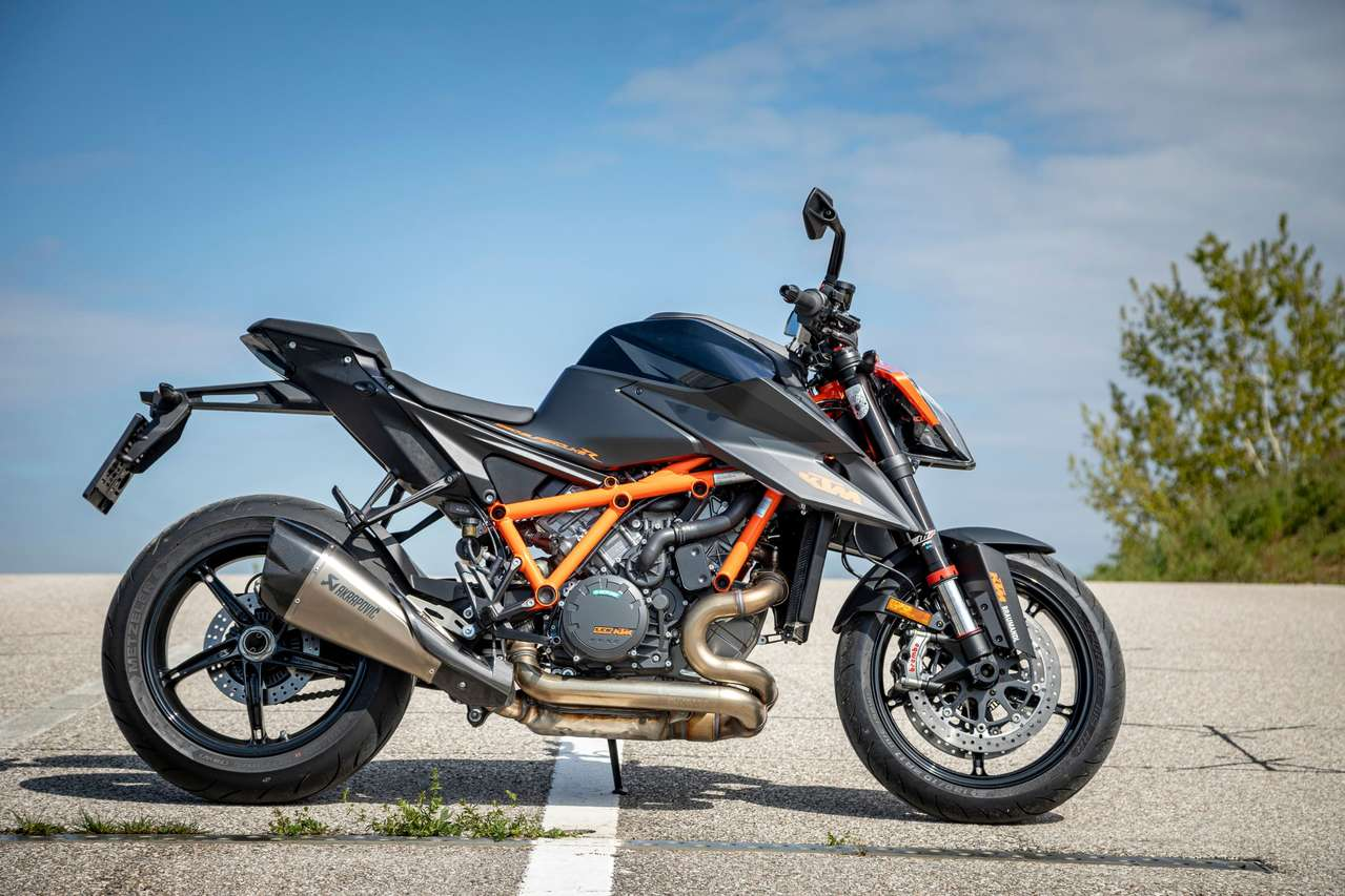 KTM 1290 Super Duke R - 180 PS