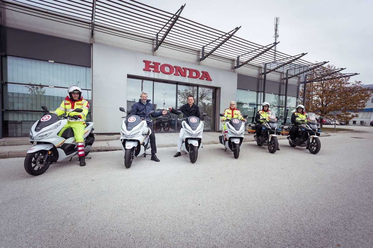 4 Honda PCX125 für den Wiener Samariterbund
