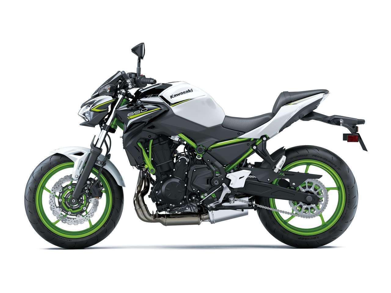 Kawasaki Z650 2021: Pearl Blizzard White/ Metallic Spark Black