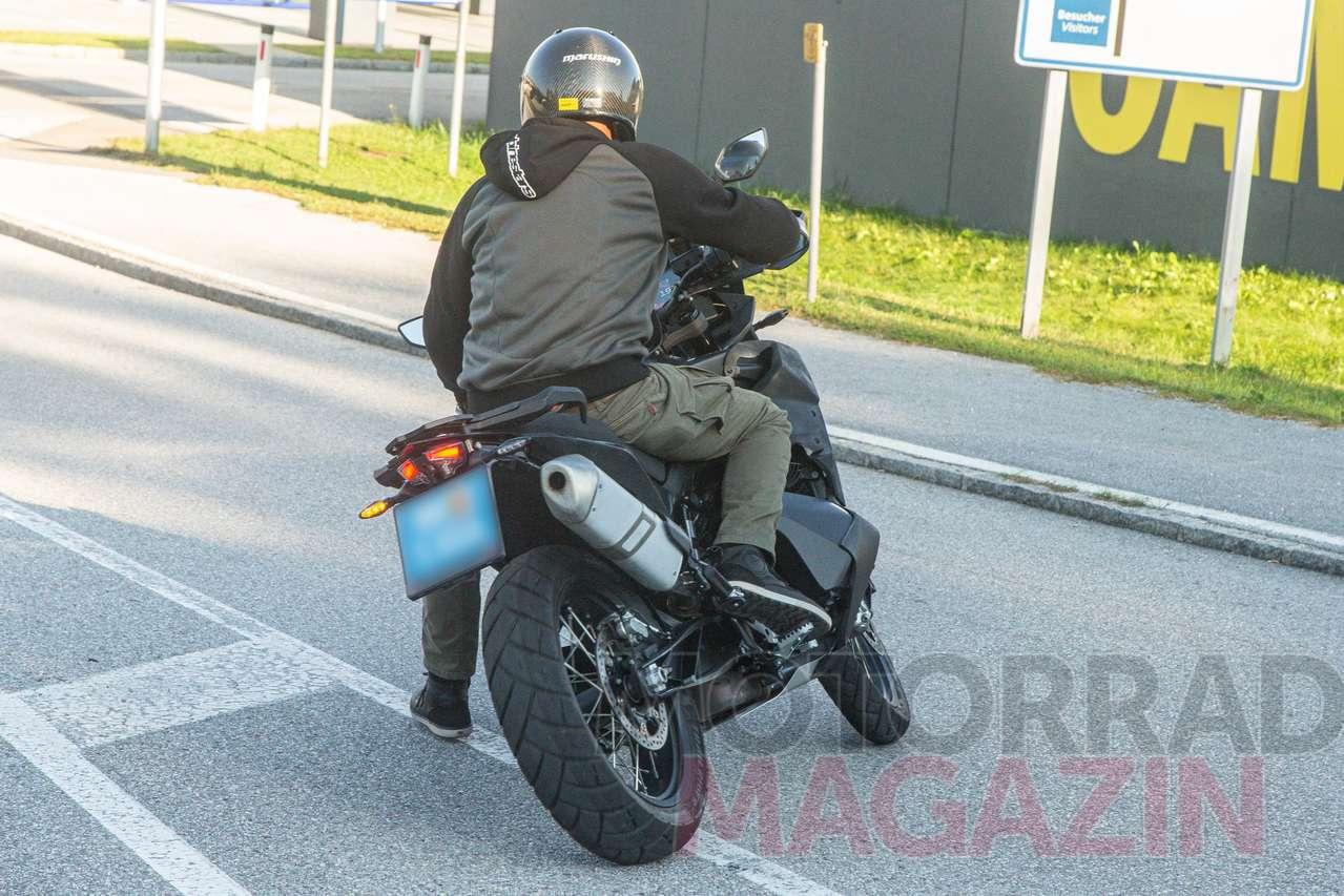 KTM 8 Adventure   nächste Generation erwischt Rahmenfeste ...