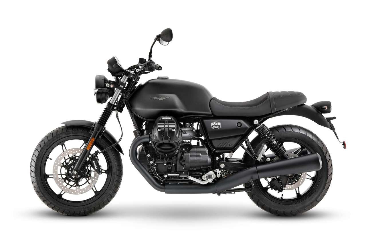 Moto Guzzi V7 Stone 2021