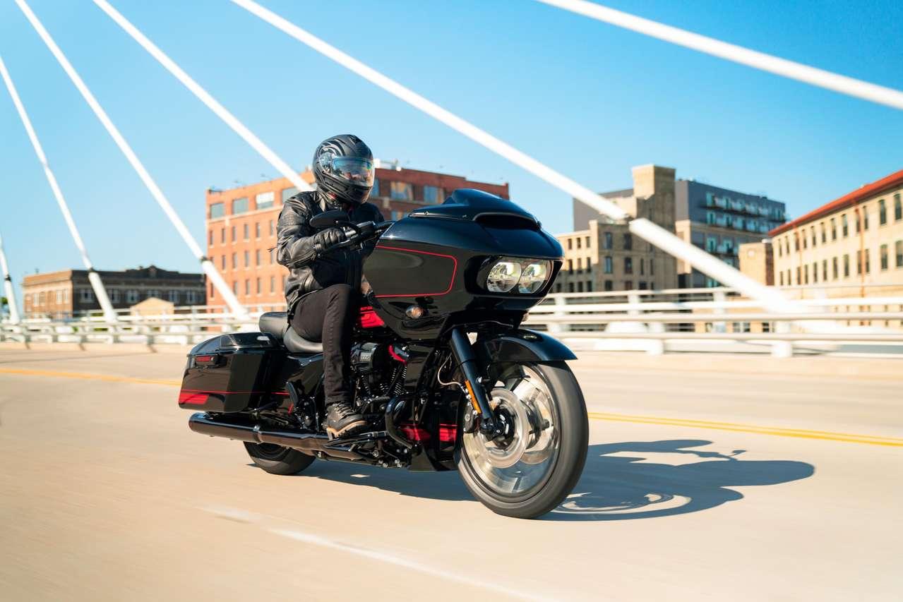 Harley CVO Road Glide 2021