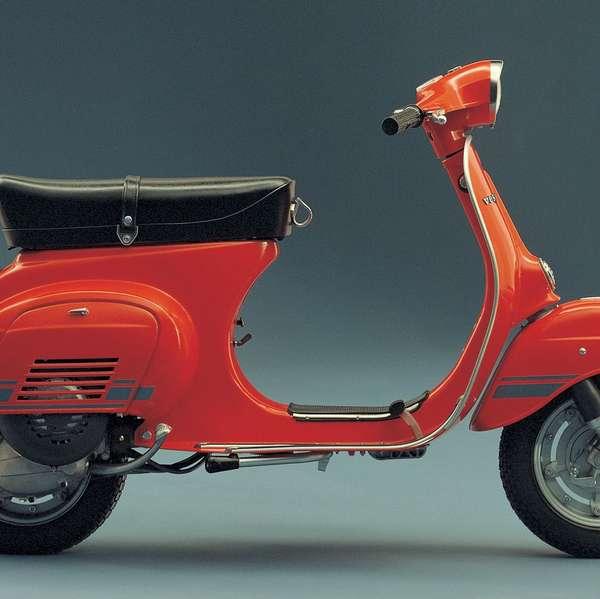 1976: Vespa Primavera ET3