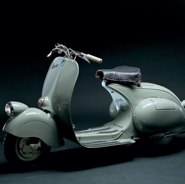 1946: Vespa 98 cc