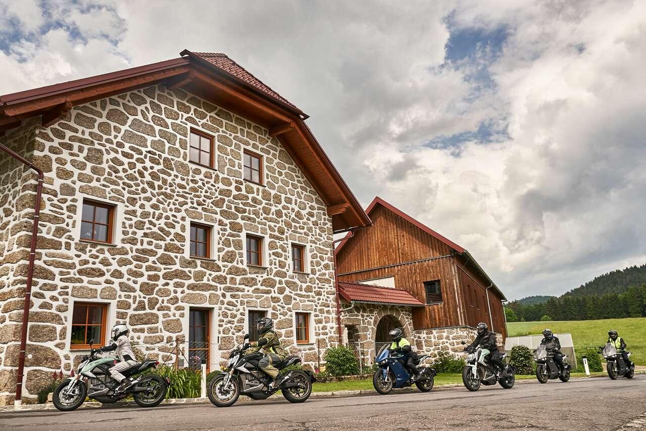 Bauernhaus im regionstypischen Steinbloß-Stil