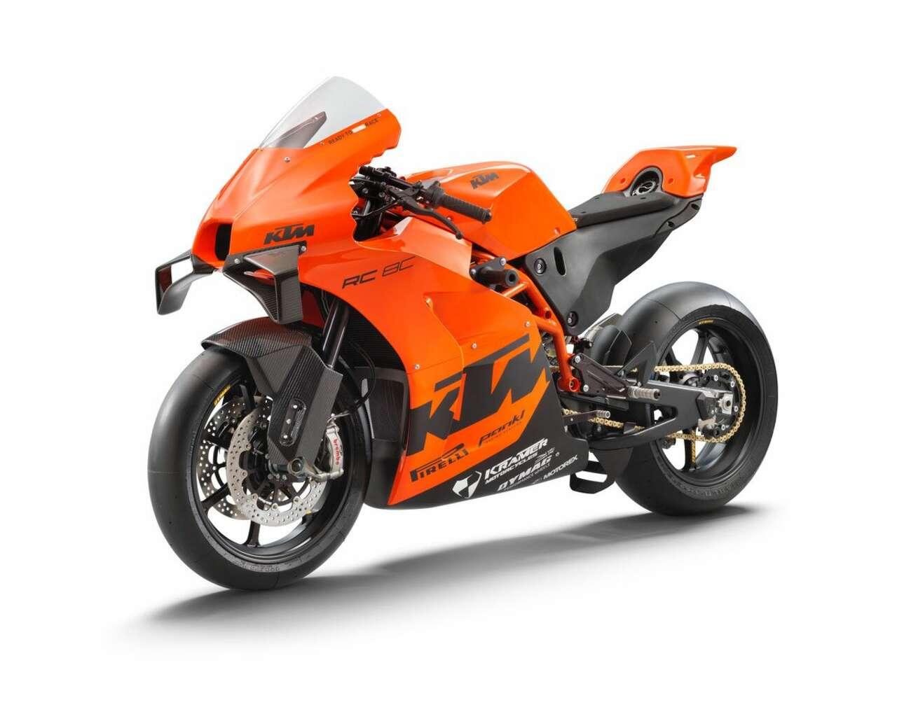 11+ KTM RC 8C Superbike 8 Image